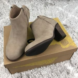 Mix No 6 Mule Inspired Mules Size 6